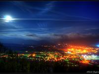 Veduta di Arquata Scrivia di notte